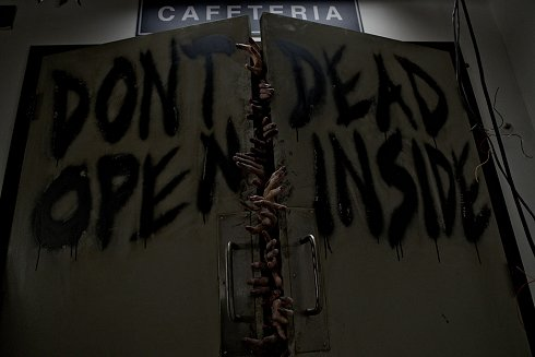 En el estreno de The Waking Dead en España faltaron 40 minutos de zombies