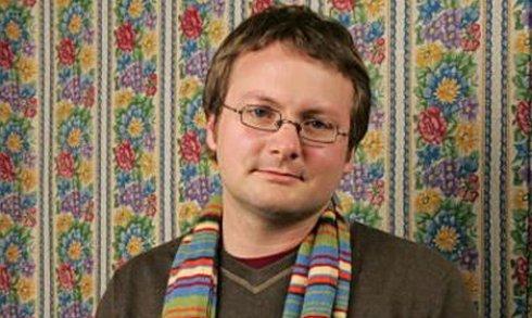 Rian Johnson en carne y gafas