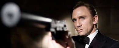 Daniel Craig como James Bond