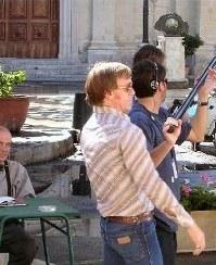 Daniel Craig haciendo el gambas
