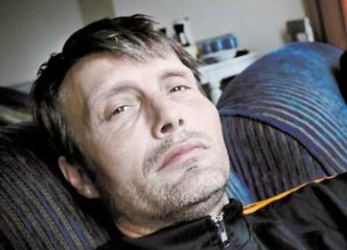 Mads Mikkelsen, el responsable de los problemas dentales de Daniel Craig
