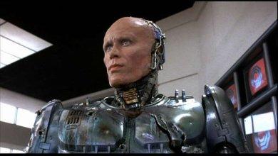 Peter Weller como Robocop