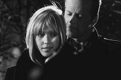 Bruce Willis y Jessica Alba en Sin City
