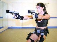Alison Carroll como Lara Croft #8