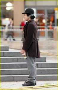 Robert Downey Jr. en el set de rodaje de Sherlock Holmes #3
