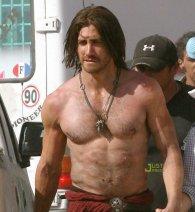 Jake Gyllenhaal como Dastan #2