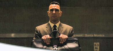 Vinnie Jones como Mahogany
