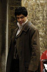 Benicio del Toro en el set de The Wolfman