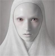 Nuns de Oleg Dou #8